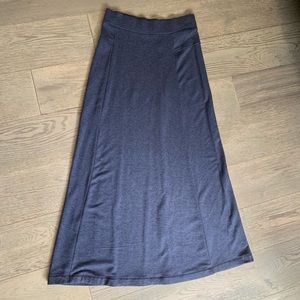 LOU&GREY super soft maxi skirt